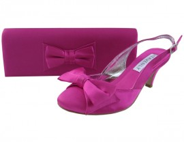 Twee Fuchsia Pink Clutch Bag