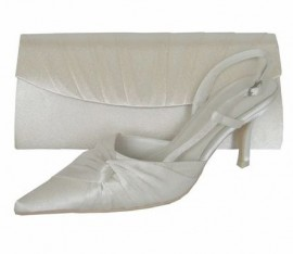 Menbur Ivory Satin Bridal Shoes with Wrap Bow