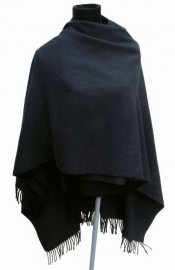 Italian Cape 100% Lambs wool Black