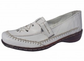 Savana Soft & Flexible White Leather Flat Shoes