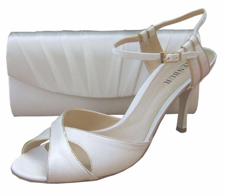 Menbur High heeled sandals ivory Women's Bridal Shoes On